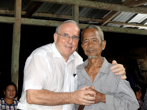 Photo: As Merle & I individually prayed for all the different folks who responded ...this elderly man confessed to my interpreter that he wanted to have his sins forgiven andcome to Jesus as the Way, The Truth, & The Life (the evening message). What a great joy to lead this man to Jesus Christ !!! BLESSED BE GOD !!!