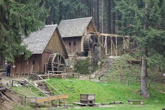 Photo: skanzen Zlatorudné mlýny v údolí Ztracených štol