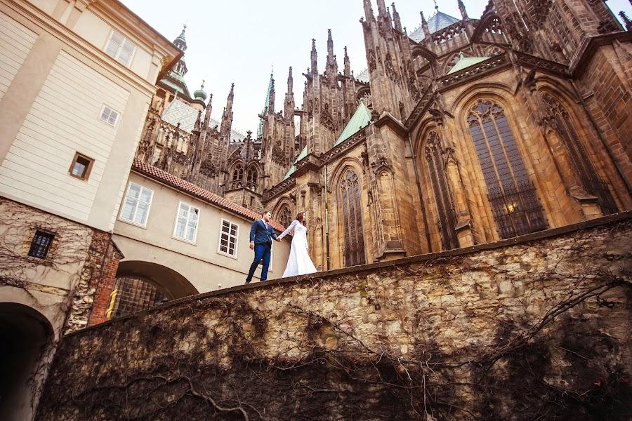 Wedding photographer Constantine Gololobov (gololobov). Photo of 14.03.2016