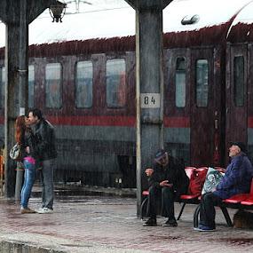 Rain by Nicu Buculei - People Street & Candids ( love, homeless, train, couple, rain, , Love is in the Air, Challenge, photo )