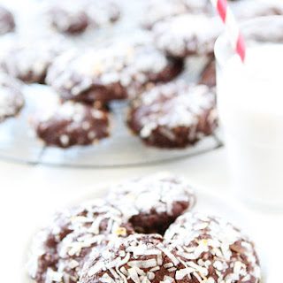 Vegan Chocolate Coconut Cookies.