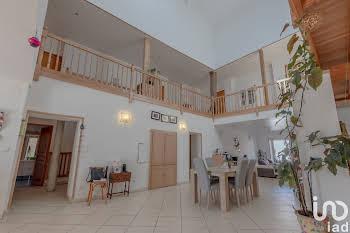 Maison 7 pièces 275 m2