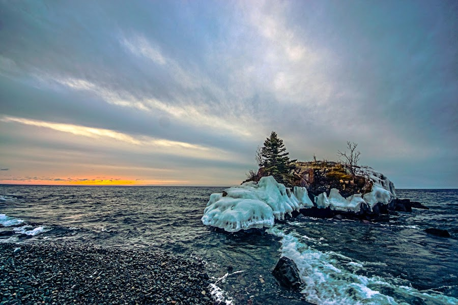 Hollow Rock Sunrise by Doug Wallick - Landscapes Caves & Formations ( shore, minnesota, superior, hollow, lake, rock, north, sunrise )