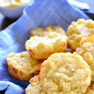 Easy Cheesy Muffin Tin Biscuits
