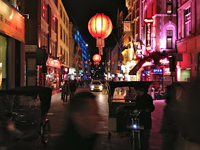 Photo: Night in Chinatown London  #365project curated by +Simon Davis-Oakley+Patricia dos Santos Patonand +Vesna Krnjic  #iphoneography  #urbansnap   #moc curated by +Emily Santome