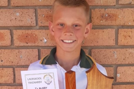 'He deserved it more,' says boy who gave medal to injured rival