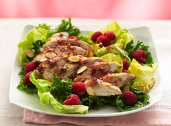Grilled Raspbery Chicken Chipolte Salad