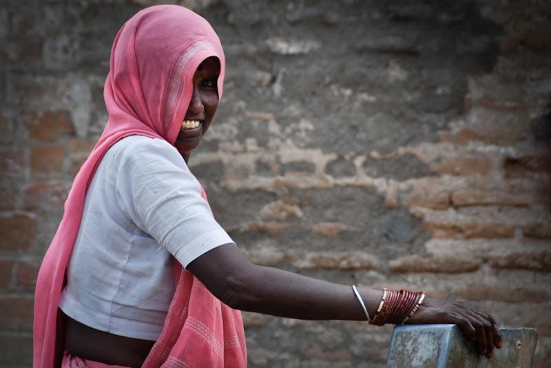 La femminilità anche nella povertà e semplicità di laurafacchini