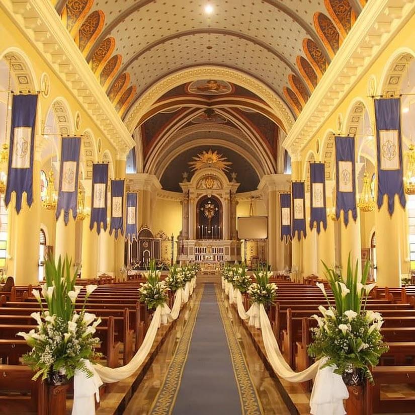 Top 5 flores para decorar la iglesia en una boda