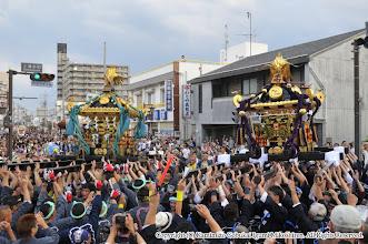 Photo: 【平成26年(2014) 本宮】 祭典本部での式典終了後、本町の神輿と神輿もみ・神輿差し。