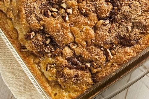 Vegan Cinnamon-Walnut Crumble Coffee Cake