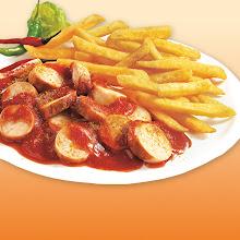Abbildung Currywurst mit Pommes