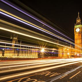 by Nicholas  H - City,  Street & Park  Street Scenes ( night, lights,  )