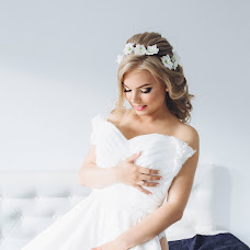 Wedding photographer Nikulina Ekaterina (katenik). Photo of 04.08.2017