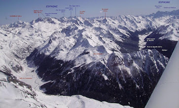 Photo: Plaine du Soussouéou et massif du Lurien. Devant domaine de la station d'Artouste-Fabréges