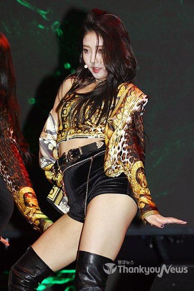 seungyeon body 2