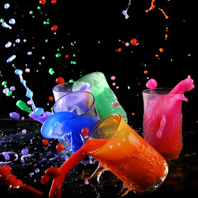 colors by Mervin Anto - Abstract Water Drops & Splashes ( cups, tabletop, colors, pwcabstractdiamonds )