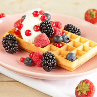 Waffles with Red Fruits Recipe