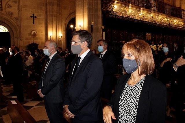 El senador Antonio Martínez y el parlamentario autonómico, José Luis Sánchez Teruel, ambos del PSOE.