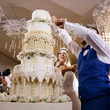 Wedding photographer Anton Blokhin (Totono). Photo of 19.01.2018