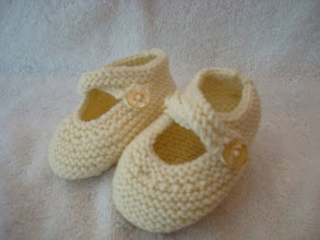 Photo: #6: Cream with Pearl Buttons, Sz Small