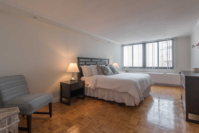 the-towers-at-longfellow-apartments-bedroom2