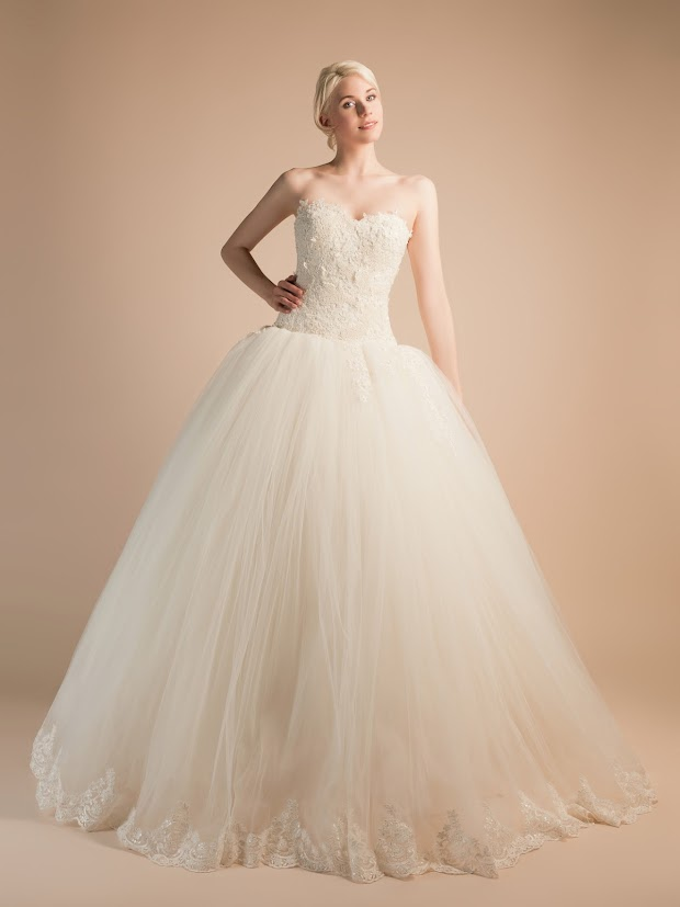 Robe de mariée Anémone, robe de mariée dentelle et perles, robe de mariée princesse