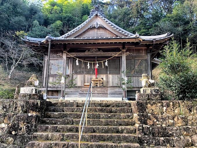 斗賀野 ⇒ 遺跡や神社が鎮座する歴史ある集落 | 仁淀川(によどがわ)〜日本一の清流