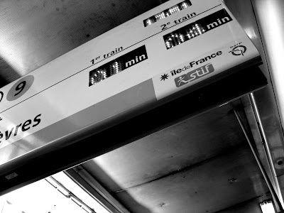 Time stands still on the Metro
