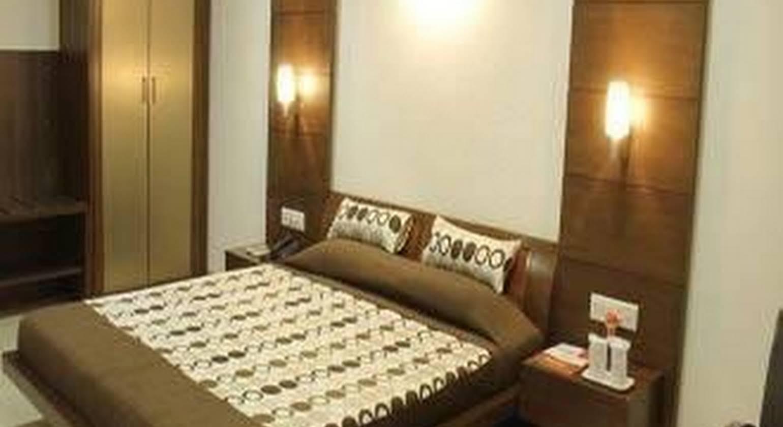Hotel Platinum Residency