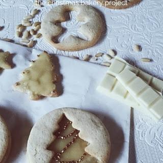 Pine Nuts, Mascarpone And White Chocolate Icing