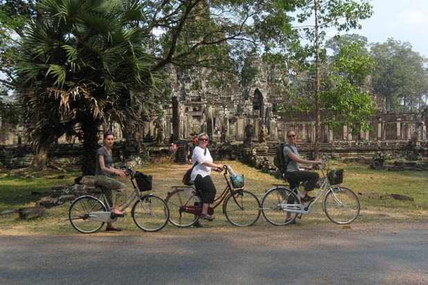 Siem Reap discovery in depth by bike