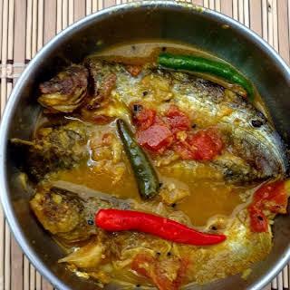 Pabda Macher Jhol - Catfish curry.