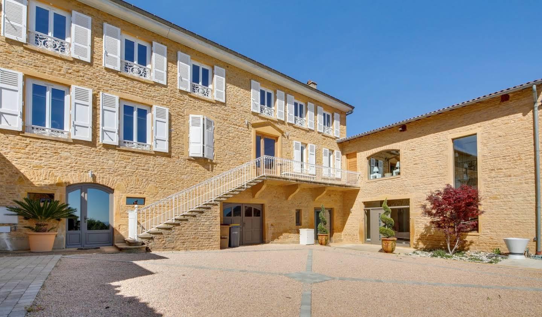 Maison avec piscine et terrasse Bagnols