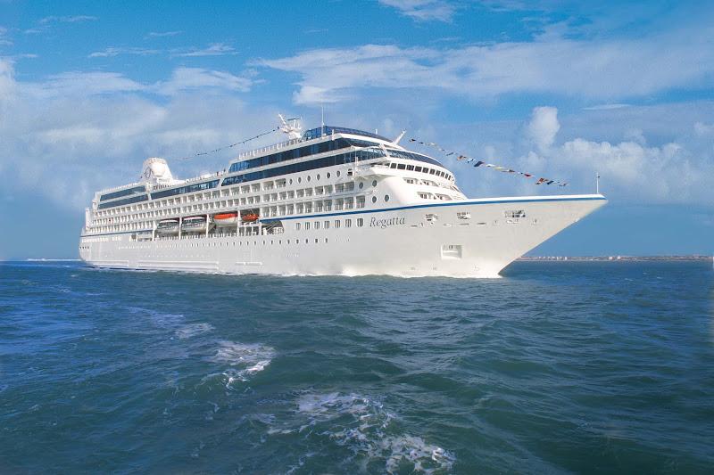 Oceania's Regatta at sea.