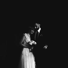 Wedding photographer Dániel Majos (majosdaniel). Photo of 19.02.2017