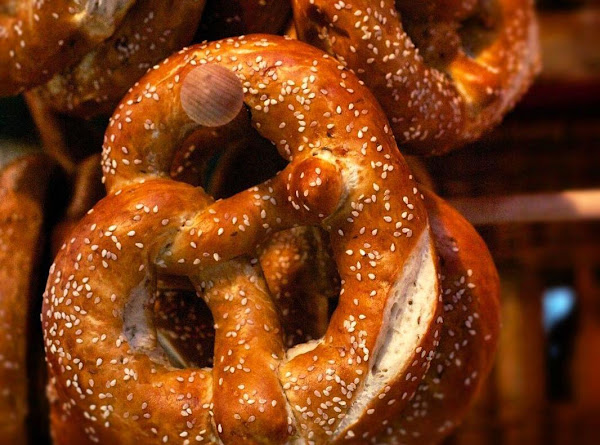 Laugenbrezel [original German Bräuhaus Pretzels] Recipe