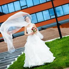 Wedding photographer Zinaida Iost (LiatriZ). Photo of 17.02.2014