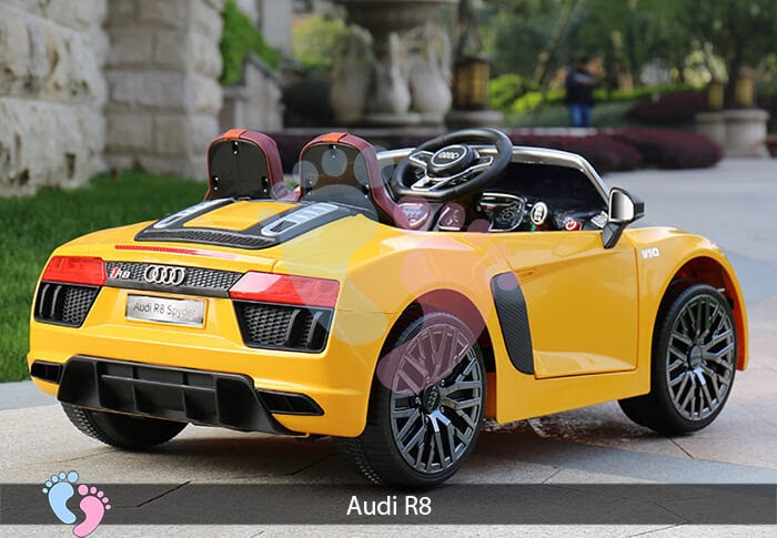 Xe hơi điện thể thao Audi R8 3