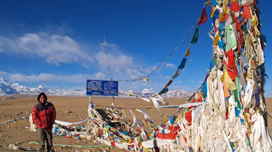 Photo: Entering Tibet from Nepal ...