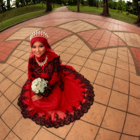 by Norman Fotograf - People Fashion ( bride fish eye red crown nature )