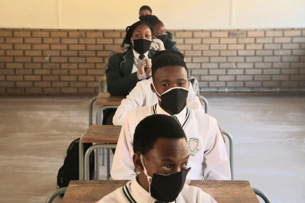 Close schools until after the Covid-19 pandemic peaks: Sadtu - TimesLIVE