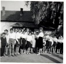 Photo: ünnep az iskolában.