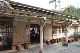 Photo: 少數僅存的日式木造車站