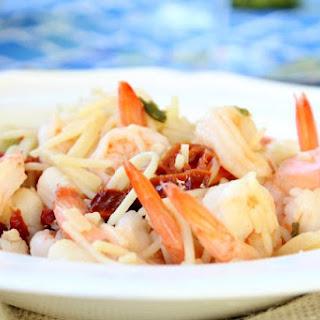Seafood Spaghetti Made with White Wine Sauce Recipe