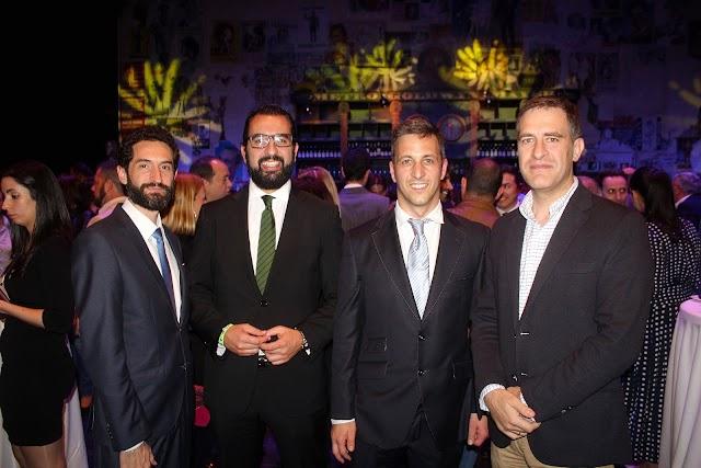 Los presidentes de AJE Cartagena, AJE Andalucía y AJE Almería con Miguel Ángel Castellón.