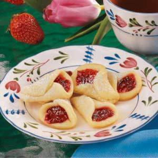 Christmas Bells/strawberry Lilies Recipe