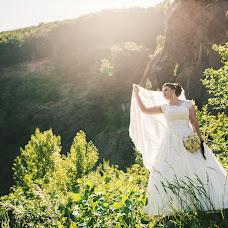 Wedding photographer Oleg Yarovka (uleh). Photo of 13.06.2017