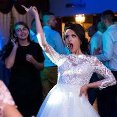 Wedding photographer Slagian Peiovici (slagi). Photo of 13.04.2018