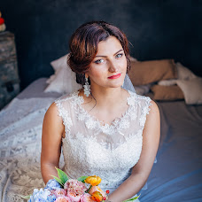 Wedding photographer Dasha Furzikova (miiu). Photo of 20.10.2017